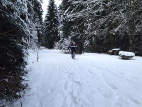 3 Männer im Schnee